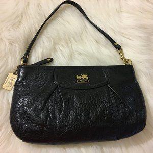COACH MADISON Large Black Pebbled Leather Wristlet